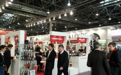 Víno a delikatesy: Obřadní sebevražda a jak dál…