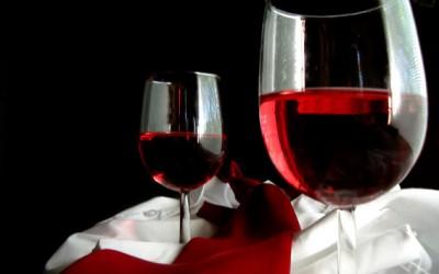 Omezení alkoholu ohrozí vinařskou školu, obává se poslanec