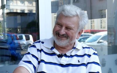 Psychiatr Jan Cimický: Zapíjet stres alkoholem je to nejhorší, co můžete udělat. Víno má rozdávat radost!