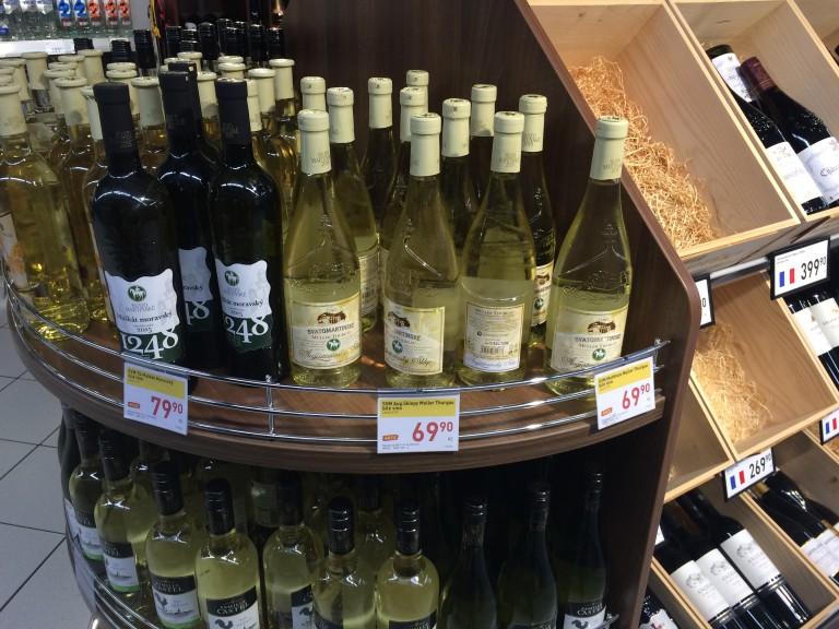 Mladá vína ze supermarketů Billa a Albert