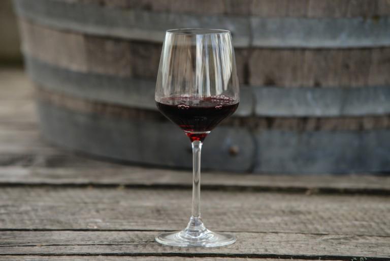 Víno má pozitivní vliv na zdraví. Ale proč…