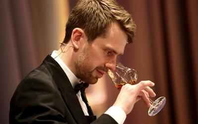 Mistrem světa soutěže someliérů je Švéd Jon Arvid Rosengren.