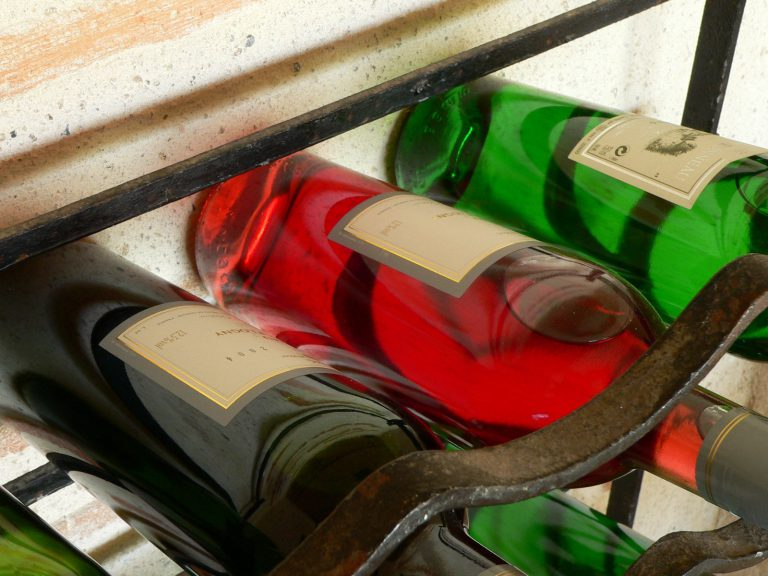 Za vším hledej ženu, říká odborník na víno, Vladimír Vaňek