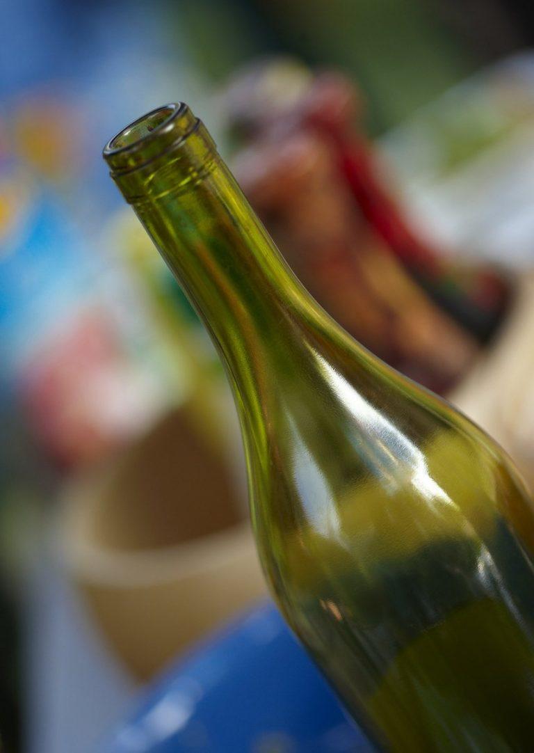 Falšovaná Pálava: Tohle není víno, spíš voda s cukrem