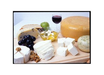 """Expertka: Chutě vína a sýrů se """"přou"""", zhoršují celkovou kyselost"""