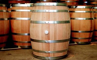 Přísná pravidla pro sudová vína mají zamezit daňovým únikům za miliardy