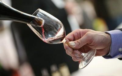 Slavné červené víno se symbolem černého kohouta Chianti slaví 300 let